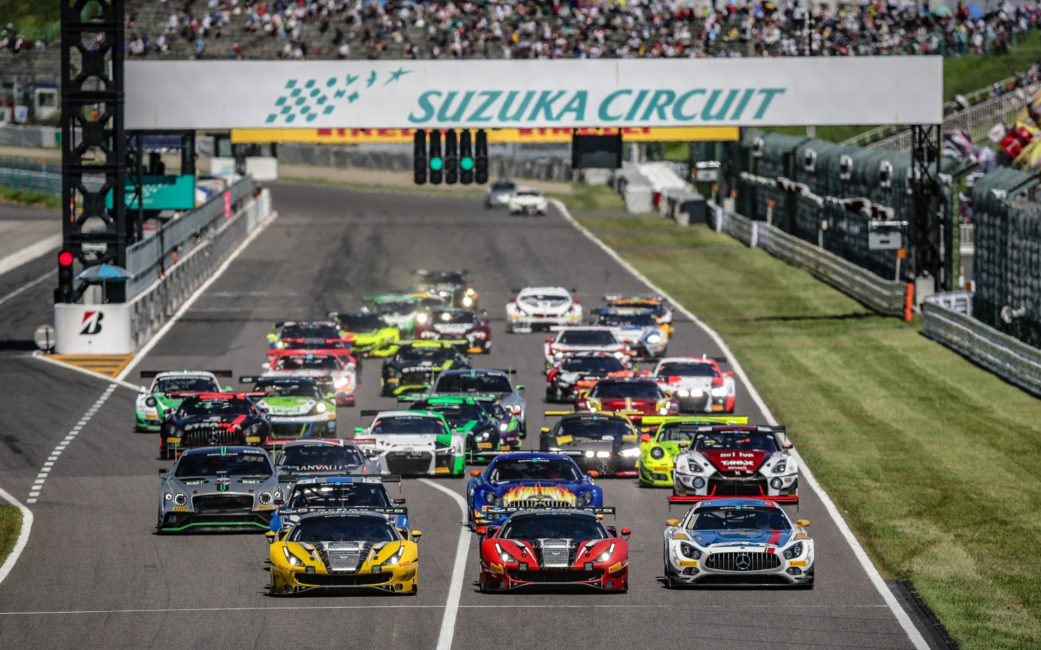 Race start Suzuka 10 Hours 2018
