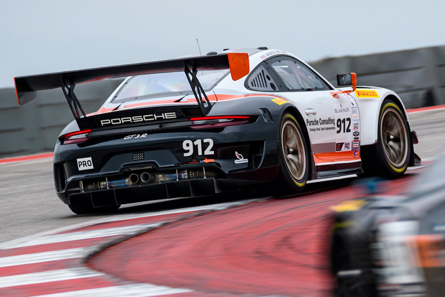 Porsche selects Wright Motorsports and Park Place Motorsports for California 8 Hours