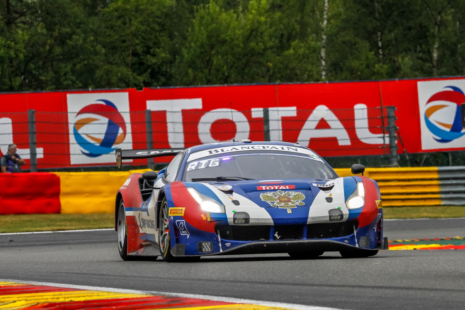 24 Hours of Spa: after six hours