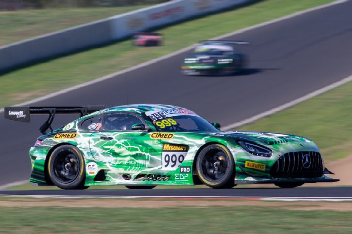 Marciello sends Mercedes-AMG top in opening practice at Bathurst
