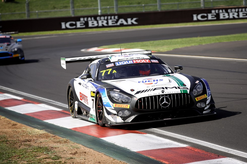 4hr update: Mercedes-AMG lead after tight start at Bathurst
